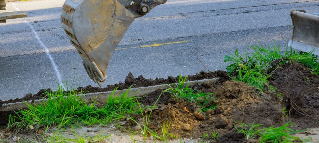 Pose de conduites d'égout Machines pour travaux routiers, excavation, chargement Travaux de construction