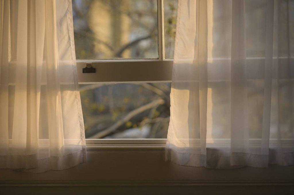 pensez à aérer votre logement tous les jours, même l'hiver. C'est le premier pas vers la maison écologique